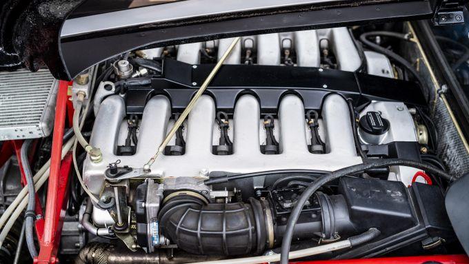 Isdera Commendatore 112i: il V12 Mercedes