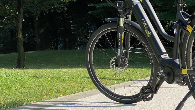 Italwin Trail Ultra, particolare di forcella e freni a disco anteriori