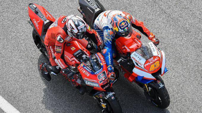 Jack Miller ai test di Sepang con il team Ducati Pramac e Danilo Petrucci (Ducati)