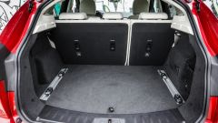 Jaguar E-Pace: il bagagliaio misura da 577 a 1.234 litri