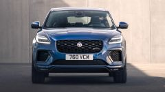 Jaguar E-Pace R-Dynamic Black Edition, SUV compatto ingioiellato - Immagine: 9