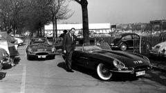 Jaguar E-Type 60 Edition: Jacques De Clippel accanto alla scoperta 77 RW
