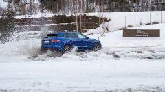 Jaguar F Pace 2019: upgrade per interni e adas ma la SVR... - Immagine: 13