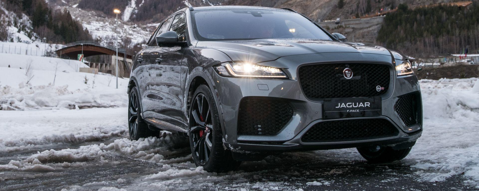 Jaguar F Pace 2019: upgrade per interni e adas ma la SVR...