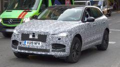 Jaguar F-Pace 2020: vista 3/4 anteriore