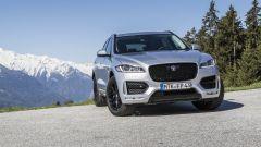 Jaguar F-Pace 2.0d 4WD: bastano 180 cavalli su una SUV sportiva? Guarda il video - Immagine: 3