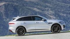 Jaguar F-Pace 2.0d 4WD: bastano 180 cavalli su una SUV sportiva? Guarda il video - Immagine: 5