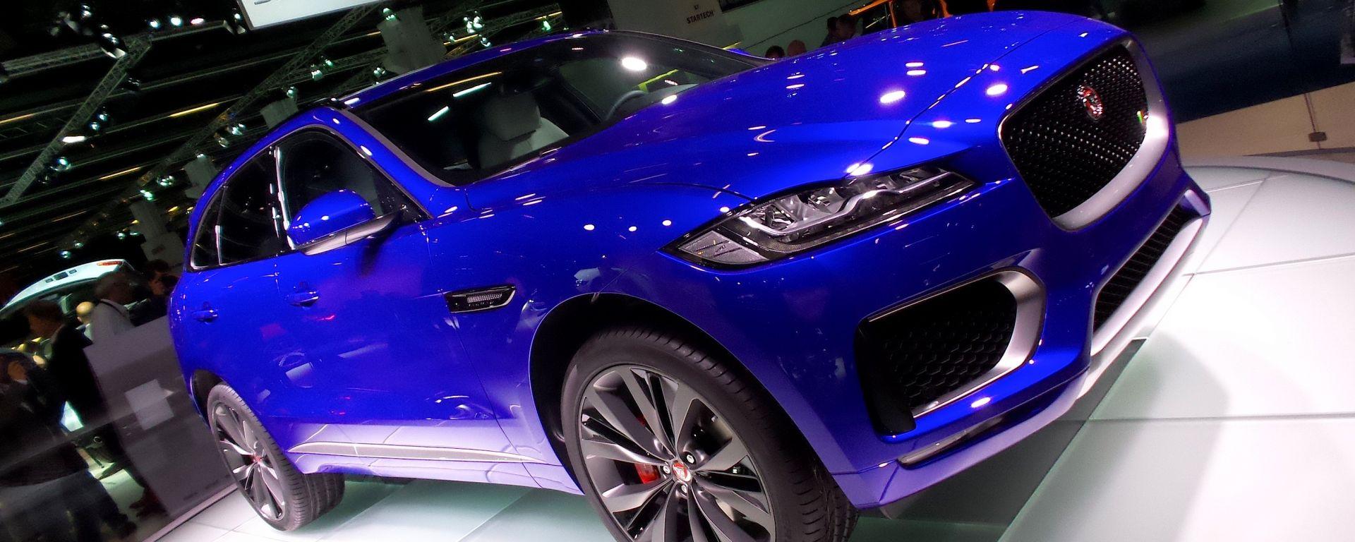 Jaguar F-Pace: foto e info ufficiali