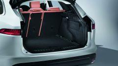 Jaguar F-Pace: il bagagliaio è spazioso, da un minimo di 650 a un massimo di 1.740 litri