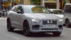 Jaguar F-Pace: le prime foto del facelift
