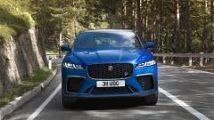 Jaguar F-Pace SVR 2021: il frontale