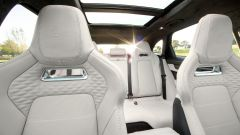Jaguar F-Pace SVR 2021: interni, i sedili