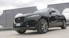 Jaguar F-Pace vs Mercedes GLC. Guarda il video - Immagine: 9