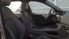 Jaguar F-Pace vs Mercedes GLC. Guarda il video - Immagine: 27