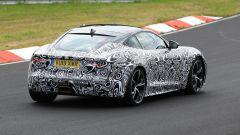 Jaguar F-Type 2020: una vista posteriore