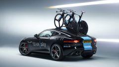 Jaguar F-Type Coupé: ammiraglia al Tour - Immagine: 1