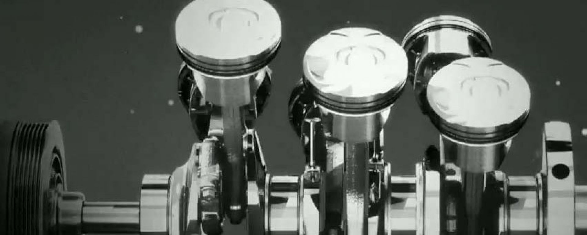 Jaguar F-Type: il video del nuovo V6 3 litri