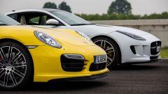 SRT Viper vs Porsche 911 Turbo vs Jaguar F-Type R - Immagine: 12