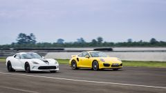 SRT Viper vs Porsche 911 Turbo vs Jaguar F-Type R - Immagine: 17