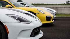 SRT Viper vs Porsche 911 Turbo vs Jaguar F-Type R - Immagine: 18