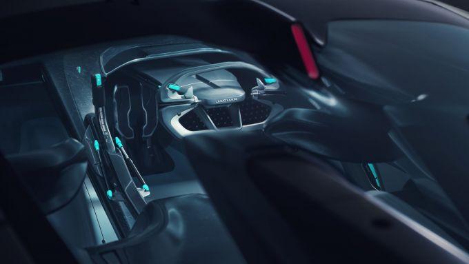 Jaguar GT SV: visuale dell'abitacolo