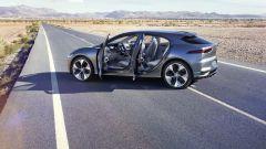 Jaguar I-Pace concept: ecco la prima Jaguar elettrica [VIDEO] - Immagine: 21