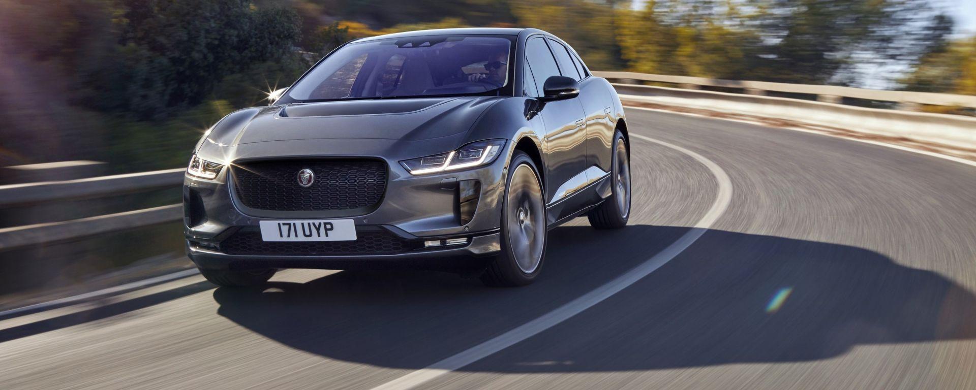 Jaguar i-Pace: vista 3/4 anteriore