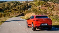 Jaguar J Pace: il SUV compatto EV i-Pace della Casa inglese ha un design molto affilato e moderno