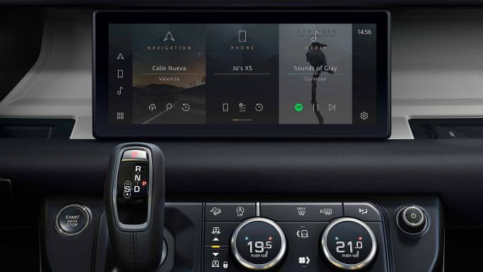 Jaguar Land Rover elettrificate: il nuovo infotainment PiviPro che equipaggia i modelli JLR