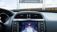 Jaguar Land Rover Overhead Clearance Assist: il sensore salva-bici - Immagine: 2