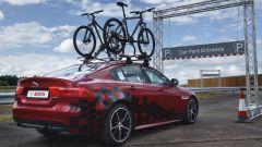 Jaguar Land Rover Overhead Clearance Assist: il sensore salva-bici - Immagine: 1