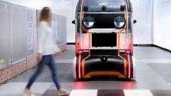 Jaguar Land Rover Virtual Eye Pod: l'auto robot comunica con lo sguardo