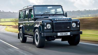 Jaguar Land Rover vs. Ineos Group: il Defender su strada