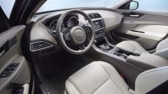 Jaguar XE: nuove immagini - Immagine: 28