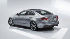 Nuova Jaguar XE 2019, cambia look la berlina del Giaguaro - Immagine: 3