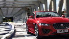 Nuova Jaguar XE 2019, cambia look la berlina del Giaguaro - Immagine: 1