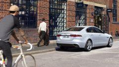 Jaguar XE 2021: 3/4 posteriore