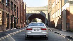Jaguar XE 2021: il posteriore