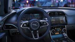 Jaguar XE 2021: nuovo il design del volante