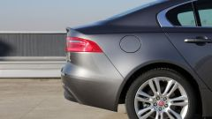 Jaguar XE 2.0d Prestige - Immagine: 6