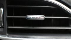 Jaguar XE 2.0d Prestige - Immagine: 16