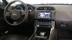 Jaguar XE 2.0d Prestige - Immagine: 22