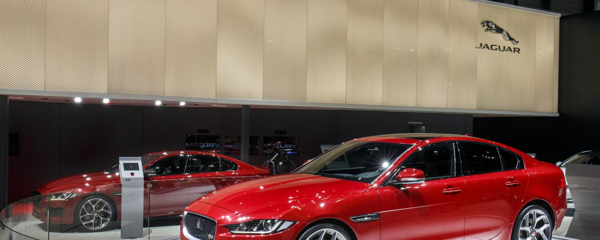 Jaguar XE: il video dallo stand
