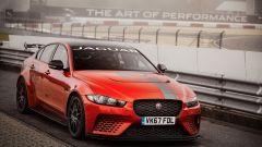 Jaguar XE SV Project 8 batte la Giulia Quadrifoglio al 'Ring - Immagine: 6