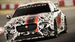Jaguar XE SV Project 8 in azione