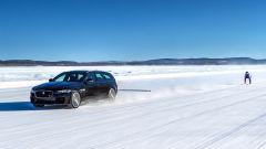 Jaguar XF Sportbrake: prestazioni da Record sul ghiaccio - Immagine: 2