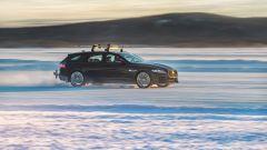 Jaguar XF Sportbrake: prestazioni da Record sul ghiaccio - Immagine: 5
