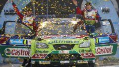 Jari-Matti Latvala con la Ford Focus vince il suo primmo rally in Svezia nel 2008 all'età di 22 anni