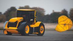 JCB Fastrac 800 elaborato da Williams F1: ha il paracadute per fermarsi