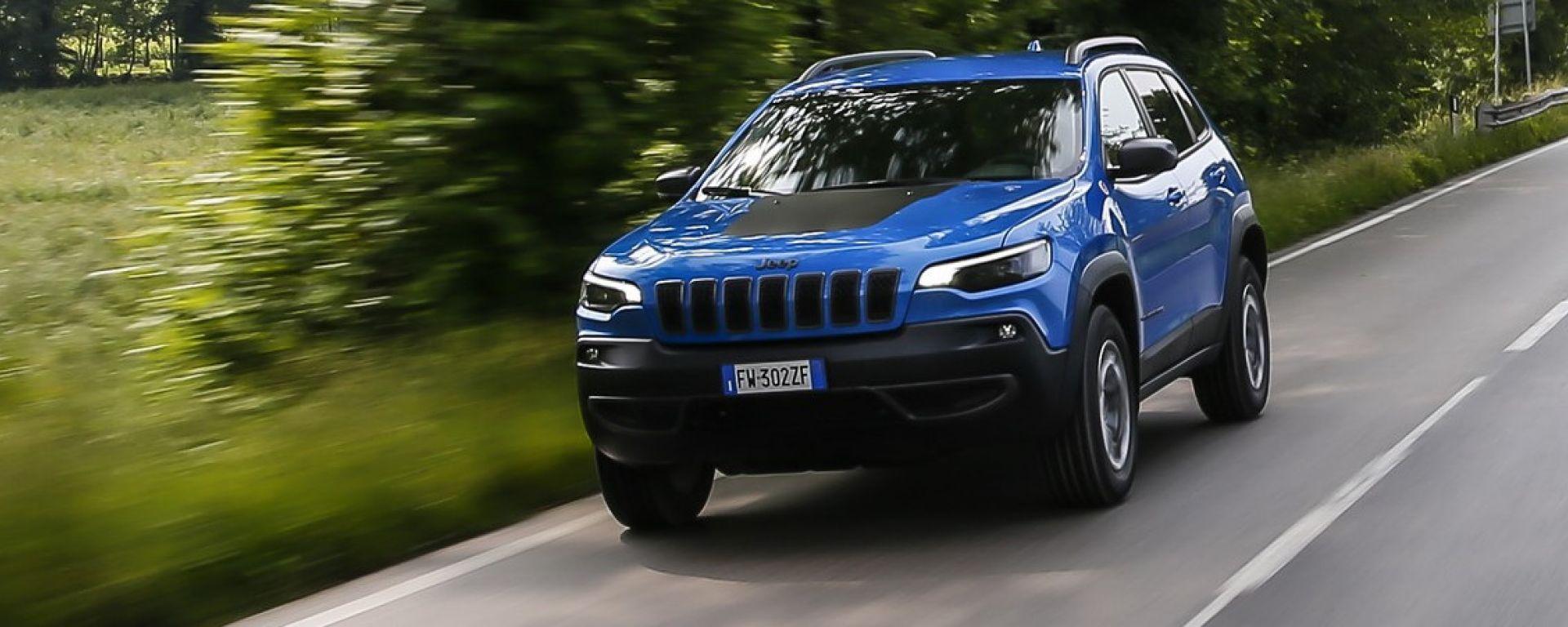 Jeep Cherokee Trailhawk 2019: la prova su strada e off-road